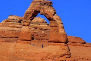 delicate-arch-at-arches-national-park-725x544